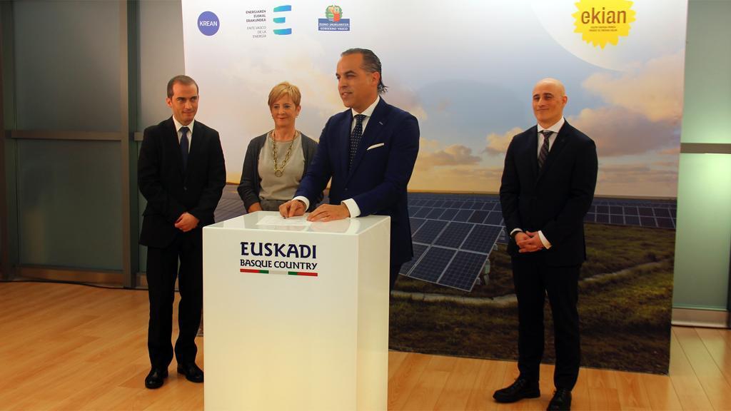 Grupo Watio firma un acuerdo para ser copromotor y representante del mayor parque solar fotovoltaico de Euskadi, Ekian